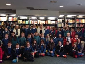 Marita and readers in Hodges Figgis
