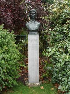 Countess Markievicz sculpture