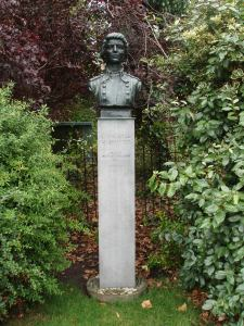Countess Markievicz sculpture